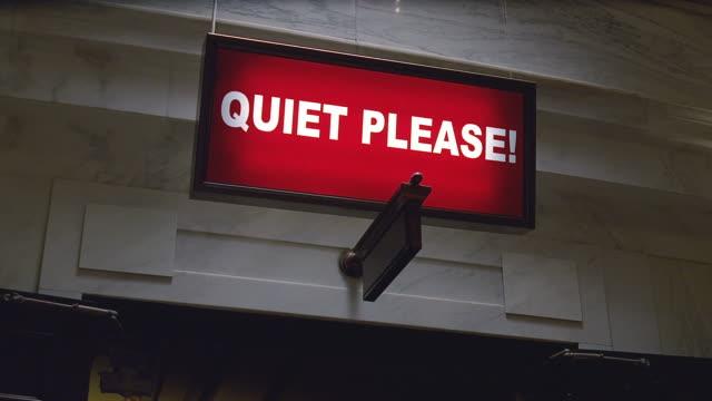 vídeos y material grabado en eventos de stock de interior - close on quiet please sign  - sign
