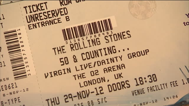 vídeos y material grabado en eventos de stock de interior close up shots tickets for the forthcoming rolling stones 50 counting concert at the o2 interior close up shots various rolling stones lps... - entrada