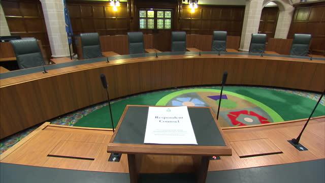 interior high shots of empty supreme court chamber on november 29 2016 in london england - 提訴点の映像素材/bロール