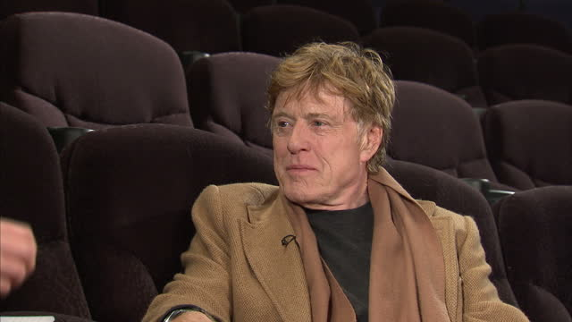 vídeos de stock e filmes b-roll de interior interview actor robert redford on what makes a film a classic the films that his sundance festival have taken on robert redford interview on... - robert redford