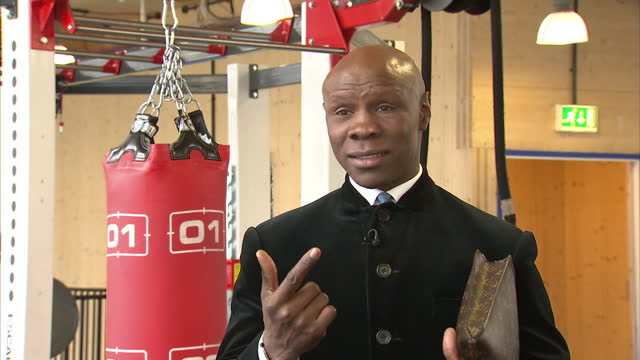 interior interview chris eubank, former boxer about the death of muhammad ali and his influence outside of boxing june 04, 2016 in london, united... - chris eubank sr stock videos & royalty-free footage