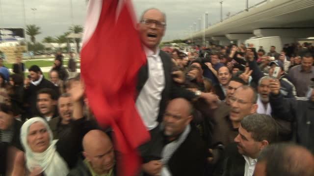 vídeos de stock, filmes e b-roll de interior interview moncef marzouki on january 25 2011 in tunis tunisia - arab spring