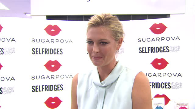 vídeos de stock, filmes e b-roll de interior interview russian tennis player maria sharapova talking about eating her own sweets line sugarpova and her favourite meal in russia at the... - maria sharapova
