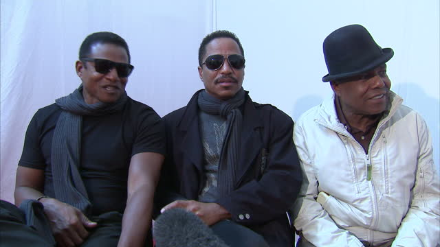 interior interview with jackie, marlon & tito jackson ahead of the michael forever tribute concert marlon, tito & jackie jackson interview on october... - tribute event stock videos & royalty-free footage