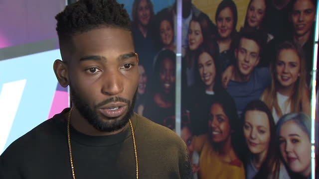 interior interview with music artist and ncs ambassador tinie tempah speaking about why he thinks the national citizen service is a great... - 市民点の映像素材/bロール