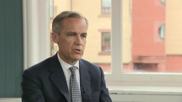 interior interview with the governor of the bank of england mark carney on the threat to the economy of a nodeal brexit on 3 april 2019 in glasgow... - 中央銀行点の映像素材/bロール