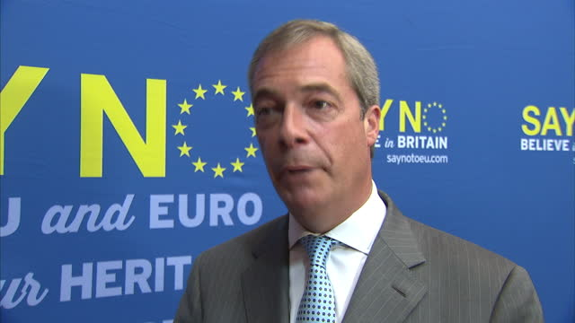 interior interview with ukip leader nigel farage speaking about the calais migrant crisis saying that the british and french authorities should do... - illegaler einwanderer stock-videos und b-roll-filmmaterial