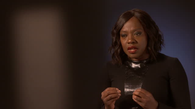 vídeos de stock, filmes e b-roll de interior interview with viola davis is an american producer and actress of stage screen and television on february 11 2017 in london england - viola davis