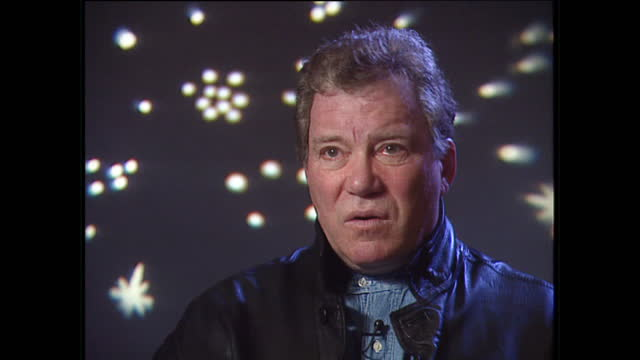 vidéos et rushes de interior interview with william shatner speaking about not being able to include conflict in the storytelling tekwars and the view of the future... - star wars titre d'œuvre