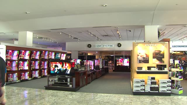 interior of abt electronics store home theatre area of electronics store on december 12, 2013 in chicago, illinois - elektrogeschäft stock-videos und b-roll-filmmaterial