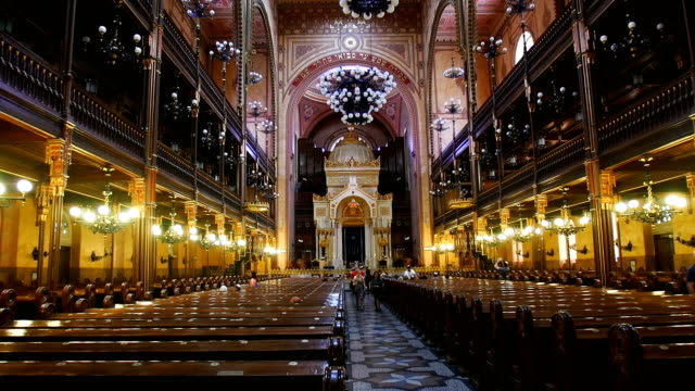 interior of dohã¡ny street synagogue -the jewish synagogue of budapest - hungarian culture stock videos & royalty-free footage