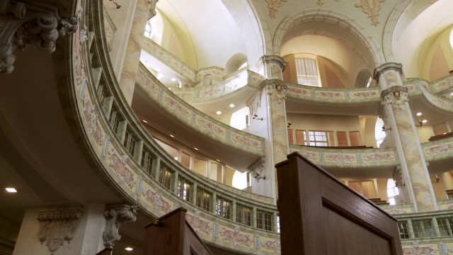 ms pan interior of frauenkirche in dresden with benches / dresden, germany - dresden frauenkirche stock videos & royalty-free footage