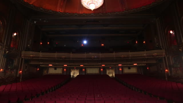 ws td interior of historic movie theater, from stage perspective / richmond, virginia, usa - stage performance space stock videos & royalty-free footage