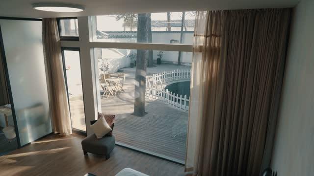 家庭のインテリア - ペントハウス点の映像素材/bロール
