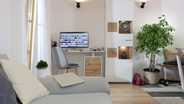 ds innenraum des modernen wohnzimmers - dekoration stock-videos und b-roll-filmmaterial