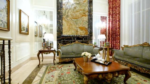vídeos y material grabado en eventos de stock de interior moderno de sala de estar - interiores modelos
