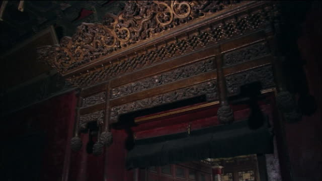 interior of xi nuan ge and throne in emperor's administration office - throne stock videos & royalty-free footage