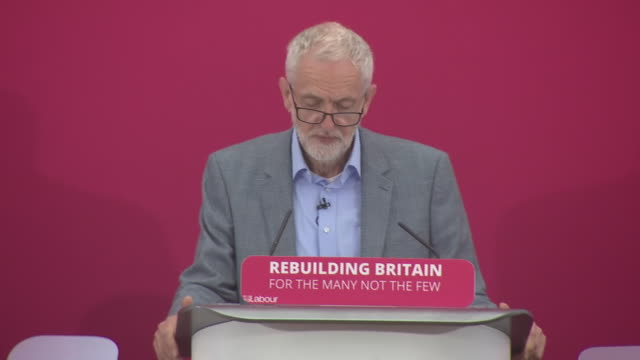 interior shot of labour leader jeremy corbyn mp delivering a speech on inequality and social justice in birmingham on 8th june 2019 united kingdom - staatsdienst stock-videos und b-roll-filmmaterial