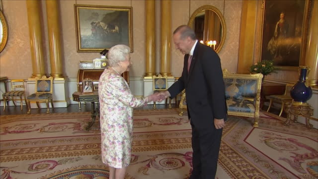 Interior shot of Turkish President Recep Tayyip Erdogan meeting the Queen on 15 May 2018 in Buckingham Palace London United Kingdom