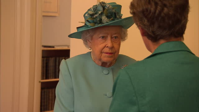 interior shot queen elizabeth ii visits the royal society of edinburgh meet and greet talking to people in edinburgh scotland on friday 7th july 2017 - meet and greet stock videos and b-roll footage