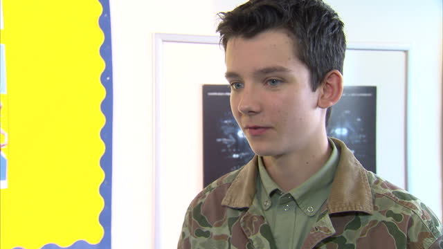 interior shots asa butterfield actor talks about his experience being part of ender's game he says that it is an honour to work with the cast on this... - game of chance stock videos & royalty-free footage