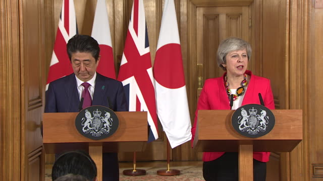 interior shots at downing street of prime minister of japan shinzo abe and prime minister of britain theresa may's presser theresa may welcomes prime... - prime minister of the united kingdom stock videos & royalty-free footage