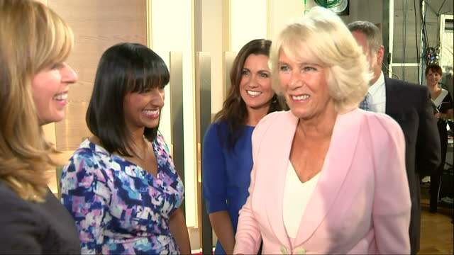 interior shots camilla parker bowles, duchess of cornwall arriving at itv studios and meeting presenters suzanna reid, kate garraway, sean fletcher,... - lorraine kelly stock videos & royalty-free footage
