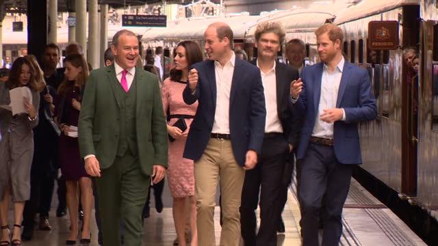 interior shots catherine duchess of cambridge prince william duke of cambridge and prince harry walking with paddington 2 film cast including hugh... - 公爵夫人点の映像素材/bロール