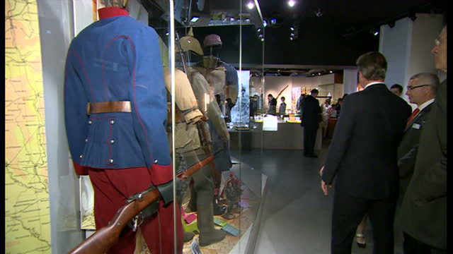 stockvideo's en b-roll-footage met interior shots david cameron looking through ww1 exhibition at the imperial war museum on july 17 2014 in london england - imperial war museum museum