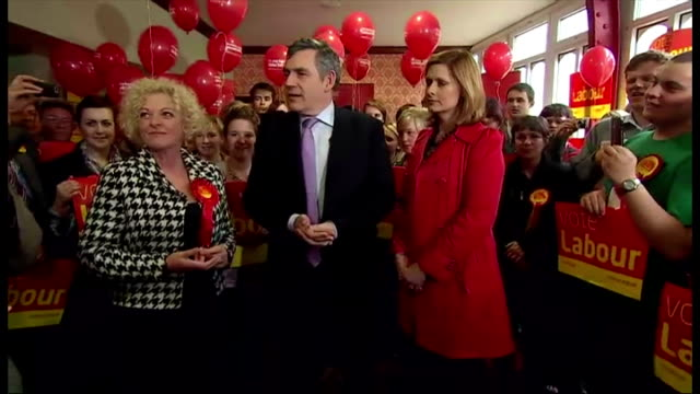 interior shots gordon brown and wife sarah brown at campaign event in blackpool on may 05, 2010 in blackpool, england. - ランカシャー点の映像素材/bロール