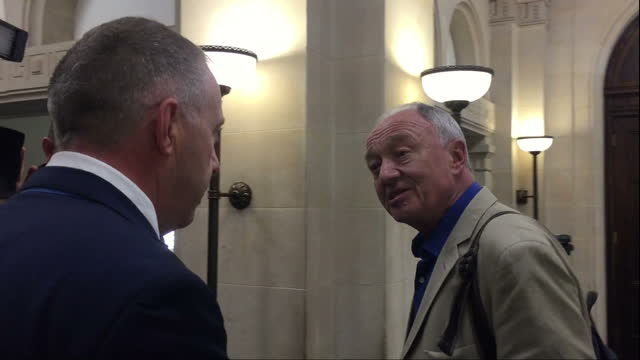 stockvideo's en b-roll-footage met interior shots john mann labour mp confronts ken livingstone former labour london mayor over comments he made on radio show claiming that hitler was... - ken livingstone