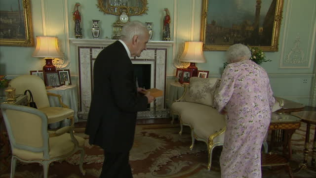 interior shots judith weir and sir peter maxwell davis attend private audience with queen elizabeth - buckingham palace stock videos & royalty-free footage