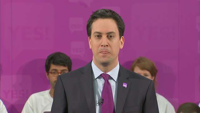 interior shots labour leader ed miliband addresses audience at a yes to av campaign press conference urging voters to use it as a chance to change... - yes single word stock videos & royalty-free footage