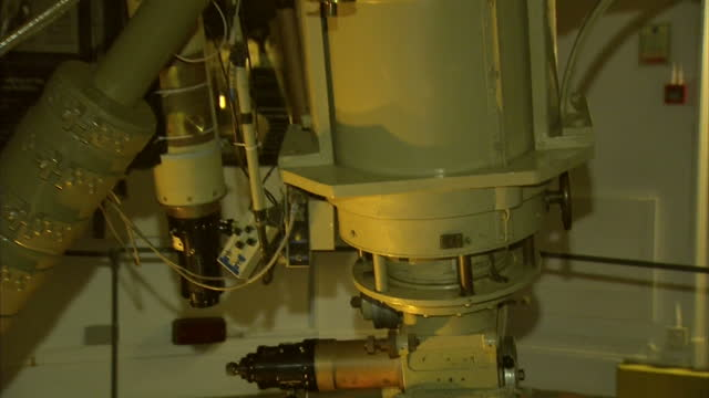 interior shots large refracting telescope telescopic equipment in greenwich royal observatory greenwich observatory telescope on february 15 2013 in... - refraction stock videos & royalty-free footage