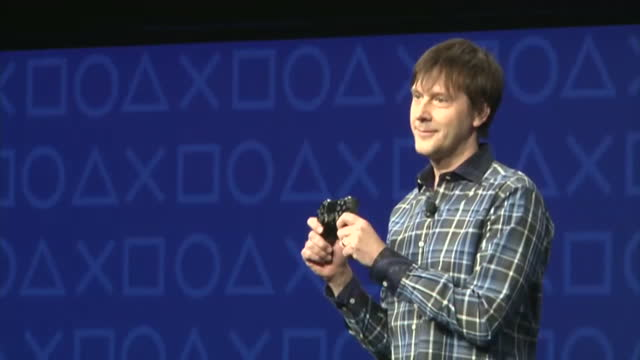 interior shots mark cerny ps4 lead system architect unveiling new duoshock controller for ps4 on stage new playstation control revealed at launch on... - launch event stock videos & royalty-free footage