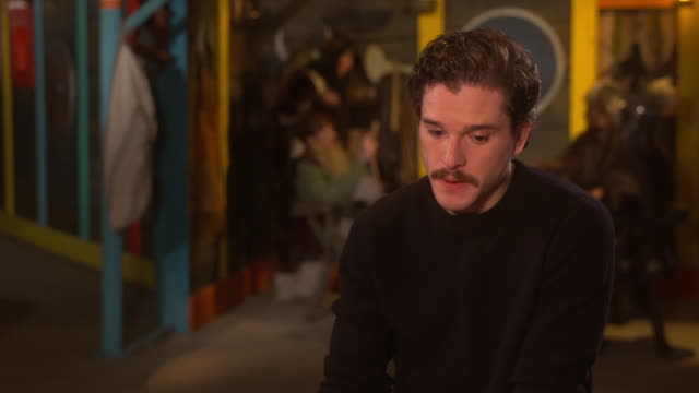 interior shots of actor kit harignton talks about being in how to train your dragon the hidden world on 23rd january 2019 in london england - how to train your dragon stock videos & royalty-free footage