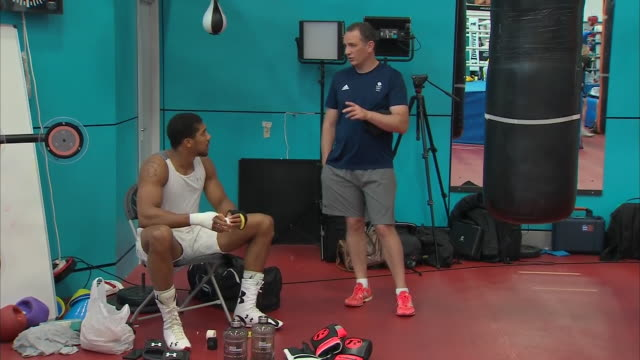 interior shots of anthony joshua rob mccracken at the national institute of sport in sheffield shot on the 5th of septemember 2018 sheffield england - sweat stock videos & royalty-free footage