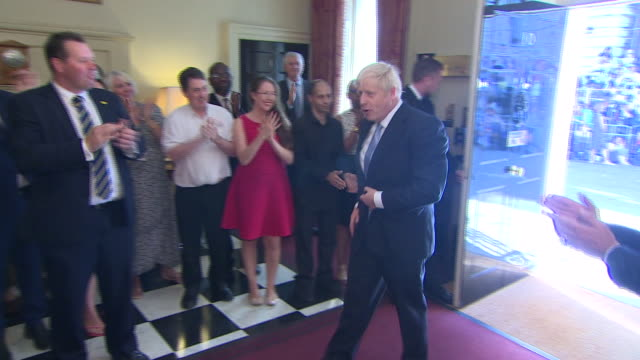 interior shots of boris johnson for the first time as prime minister entering 10 downing street, met with applause on 24th july 2019 in london,... - 10 downing street stock videos & royalty-free footage