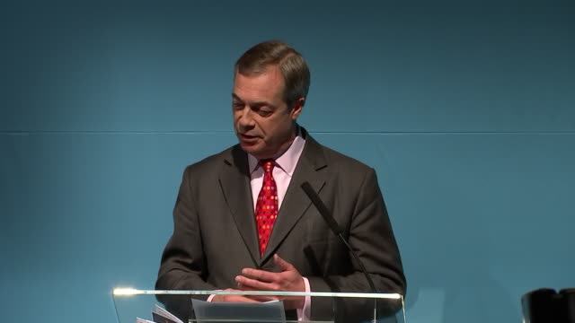 interior shots of brexit party founder nigel farage speaking to crowds at the launch of the party's manifesto on 22 november 2019 in london united... - nigel farage stock videos & royalty-free footage