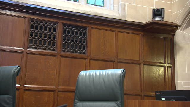 interior shots of cameras in empty supreme court chamber on november 29 2016 in london england - 提訴点の映像素材/bロール