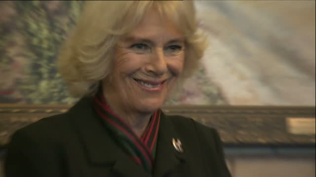 stockvideo's en b-roll-footage met interior shots of camilla duchess of cornwall arriving and preparing to present medals to servicemen during a visit to normandy barracks>> on... - aldershot
