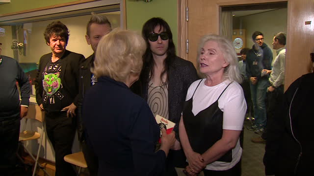 vídeos y material grabado en eventos de stock de interior shots of camilla duchess of cornwall speaking to actor ray winstone and members of blondie at the bbc radio 2 studios and posing for... - actor