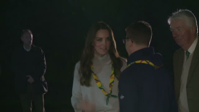 interior shots of catherine, duchess of cambridge arriving at cub scout pack meeting & shake hands with pack leaders on december 14, 2016 in king's... - 6 7 years stock videos & royalty-free footage
