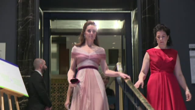 vídeos de stock, filmes e b-roll de interior shots of catherine, duchess of cambridge entering v&a museum to attends a gala dinner in aid of 'mentally healthy schools' at the victoria... - gala