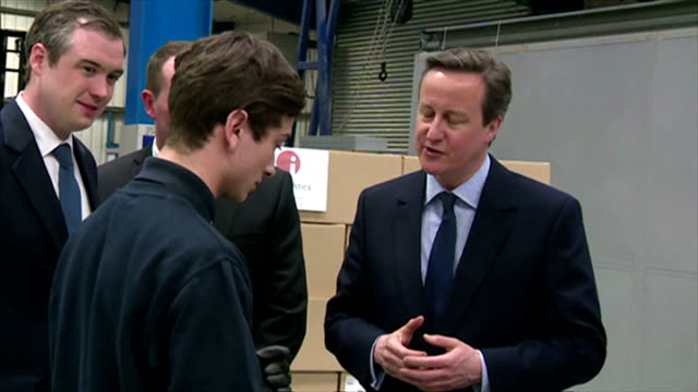 interior shots of conservative party leader david cameron visiting a factory whilst on the campaign trail for the general election on april 02 2015... - イングランド カウンティ・ダラム点の映像素材/bロール