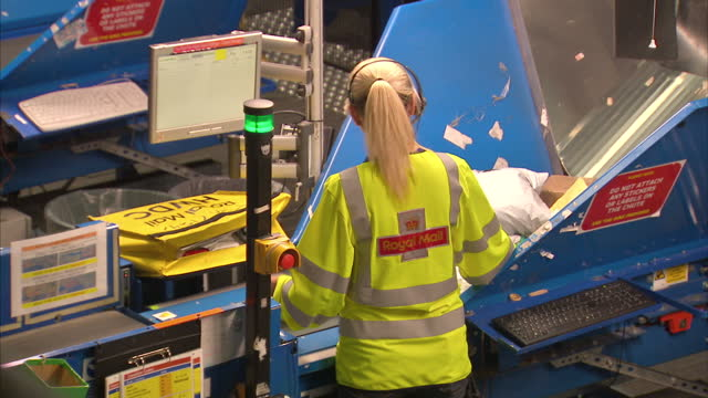 interior shots of conveyor belts and post on sorting equipment in a royal mail sorting office on 3 october 2017 in slough united kingdom - post office stock videos & royalty-free footage