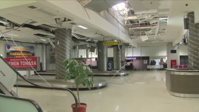 interior shots of damage rubble and destruction inside palu airport terminal after the sulawesi earthquake and tsunami on 3 october 2018 in palu... - indonesia earthquake stock videos & royalty-free footage