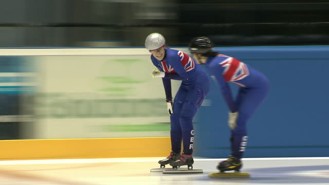interior shots of ellie christie and other team gb speed skaters training for the olympics in nottingham on the 16th december 2013. - olympische spiele stock-videos und b-roll-filmmaterial