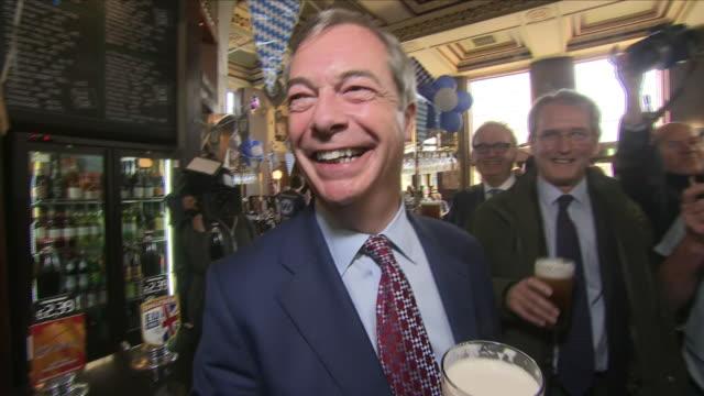 interior shots of former ukip leader nigel farage mep drinking in a pub on 20th october 2018 in harrogate - nigel farage stock videos & royalty-free footage