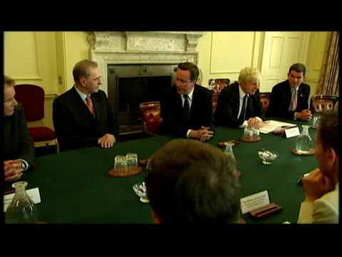 interior shots of jacques rogge, ioc president, and lord sebastian coe, locog chair, meeting with david cameron, prime minister, george osborne,... - 50 seconds or greater stock videos & royalty-free footage